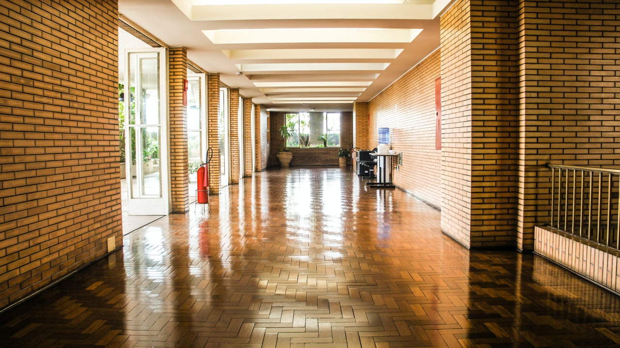 Utilize our professional Louisiana commercial cleaning services.